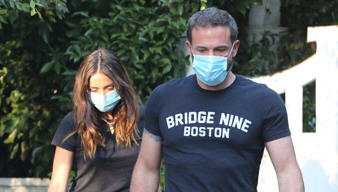 Holivudas skaistulis Bens Afleks izšķīries no draudzenes