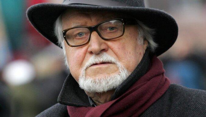 Rīgas Latviešu biedrībā būs vakarēšana ar režisoru Jāni Streiču