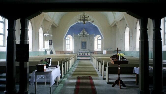 'Laiks, lai mācītos mīlēt savu tuvāko' – kristīgā baznīca iesāk Triduum Paschale