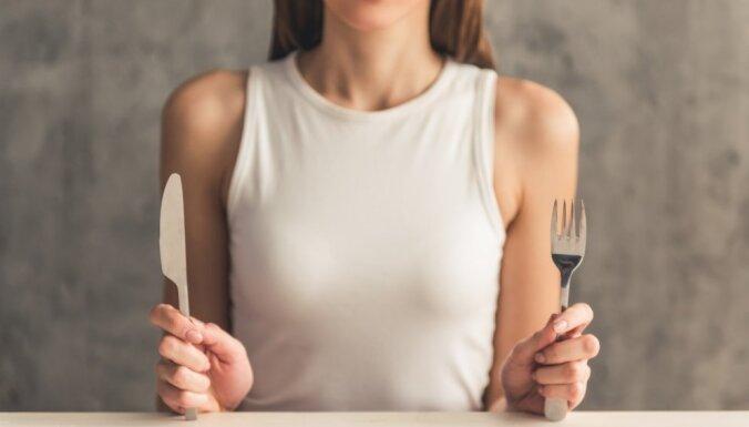 """""""Тяжело даже моргать"""": эксперимент девушки, которая не ела десять дней"""