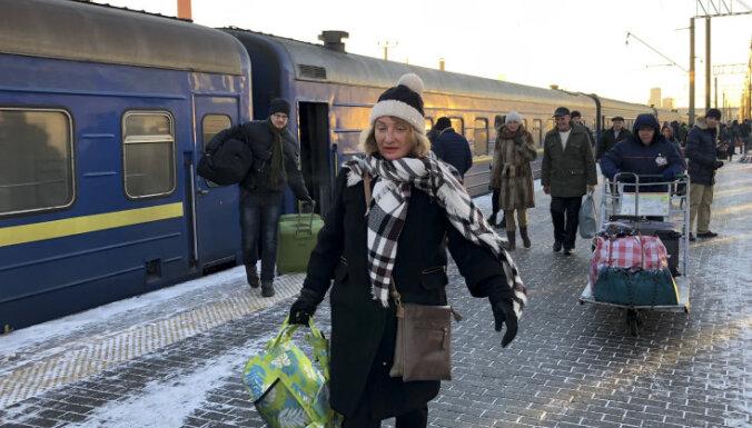 Политика разделяет семьи: россияне и украинцы — об обострении в отношениях стран