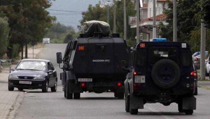 Maķedonija uz robežas ar Grieķiju izsludina ārkārtas stāvokli