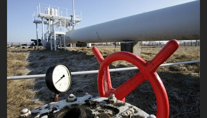 Krievija brīdina ES par iespējamiem naftas piegāžu traucējumiem