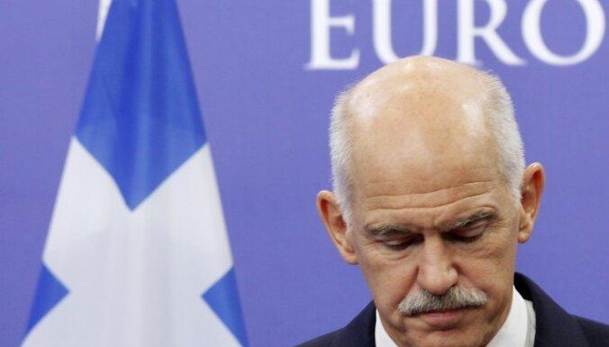 Папандреу подал в отставку, выборы нового премьера Греции перенесены