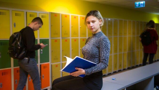 """""""Я говорил на латышском ужасно!"""" 6 историй школьников, которые сменили родной язык на государственный"""