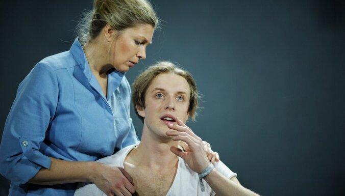 Foto: Gunāra Priedes 'Zilā' Nacionālajā teātrī