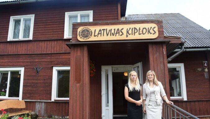 Iedvesmas stāsts no Raunas par cimperlīgo Latvijas ķiploku, kas nemitīgi jāapčubina ar rokām