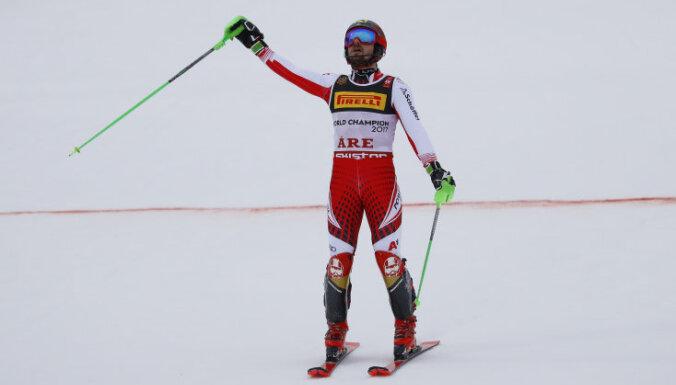 Hiršers uzvar slalomā un kļūst par septiņkārtēju pasaules čempionu