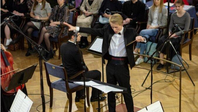 Jāzepa Vītola starptautiskajā kordiriģentu konkursā uzvarējis Matīss Pēteris Circenis