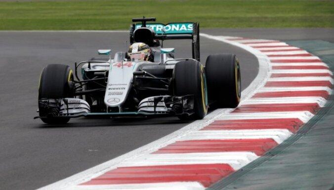Hamiltons ātrākais F-1 Meksikas 'Grand Prix' pirmajā treniņu sesijā