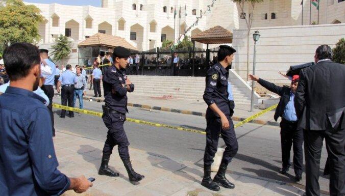 В Иордании застрелен писатель, обвиненный в оскорблении ислама