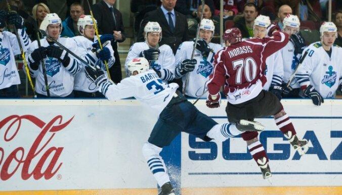 Rīgas 'Dinamo' pēc veiktajām izmaiņām KHL spēlē uzņem Bārtuļa pārstāvēto 'Admiral'