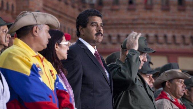Vēlēšanas Venecuēlā: opozīcija apsūdz valdību vēlēšanu likuma pārkāpšanā