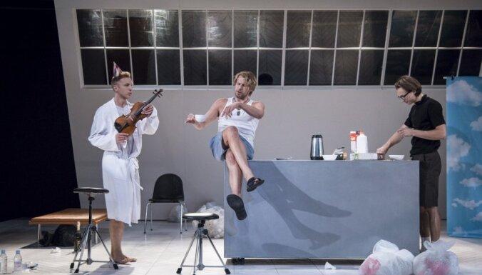 Foto: Dmitrija Petrenko 'Zēni' Dailes teātrī