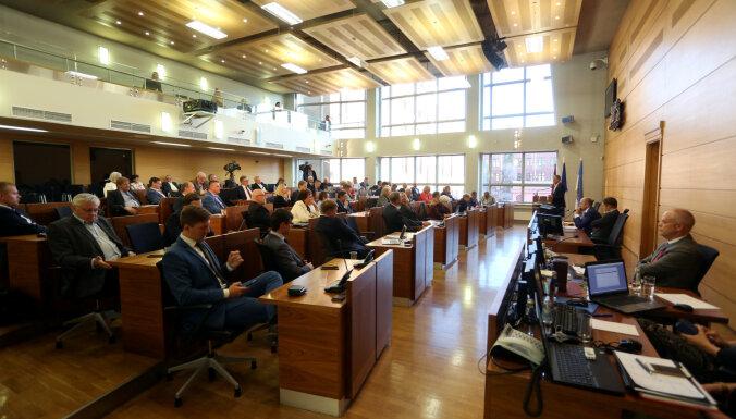 Saeima nolemj atlaist Rīgas domi; jaunu varētu vēlēt aprīlī