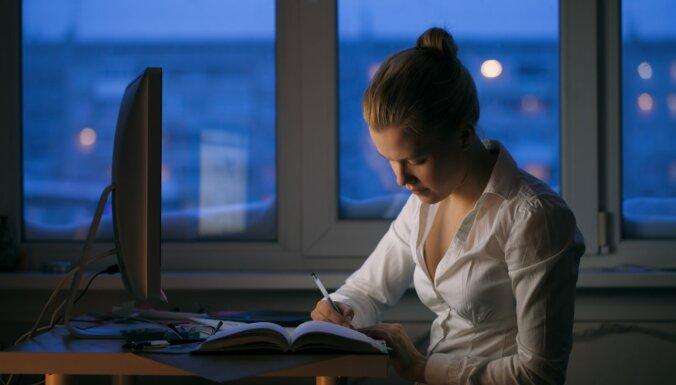 Среднестатистический одинокий житель Латвии - молодая замужняя рижанка со средней зарплатой