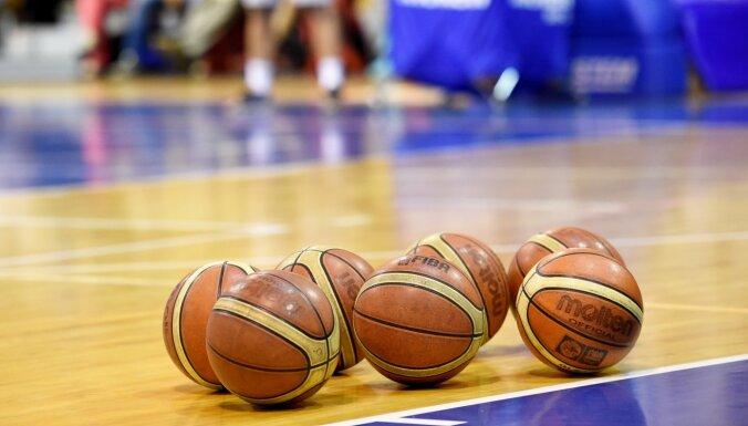 Sports mostas no 'daļēja komas stāvokļa': varētu ļaut zemāko līgu un amatieru sacensības