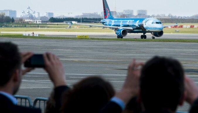 Briseles lidosta pēc terorakta atsākusi darboties