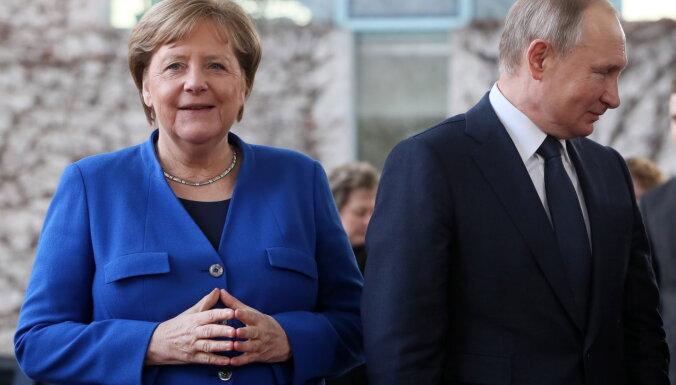 Baidens attiecību ar Vāciju dēļ atteikšoties no 'Nord Stream 2' projekta vadītāja sankcionēšanas