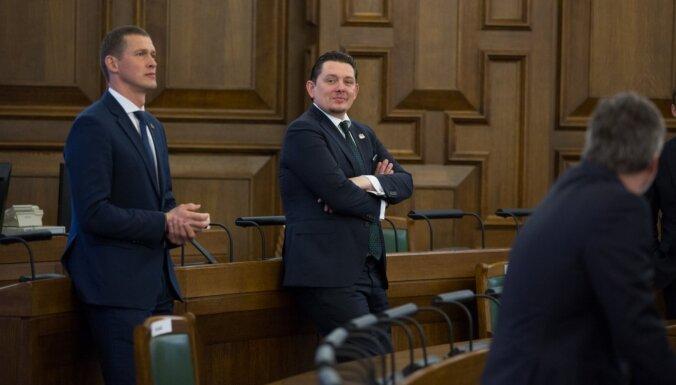 Saeima ceturtdien lems par Artusa Kaimiņa izdošanu kriminālvajāšanai