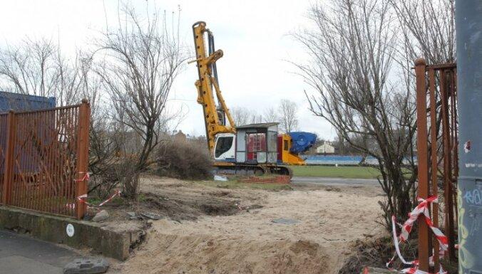 'Futbola mājas' celtniecības darbu uzsākšana kavējas nepietiekama finansējuma dēļ
