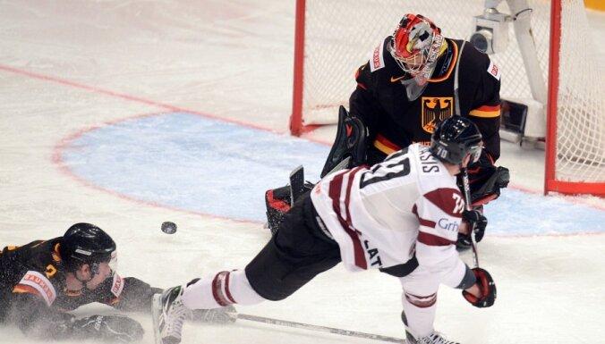 Хоккеисты сборной Латвии выиграли первый спарринг у немцев