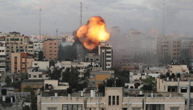 Izraēla apšauda Libānu ar artilēriju, atbildot uz raķešu apšaudi