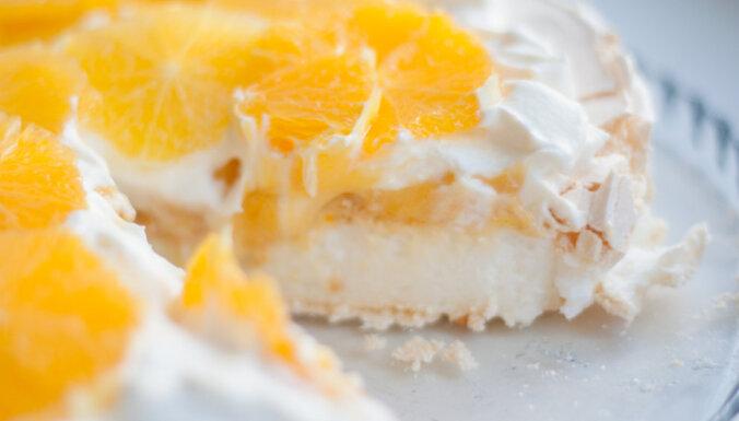 'Pavlova' ar aromātisku apelsīnu krēmu