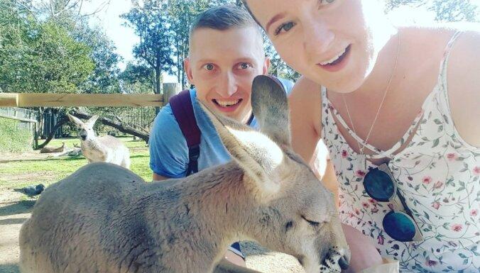 Ar vienvirziena biļetēm uz Austrāliju: Adeles un Kristapa stāsts
