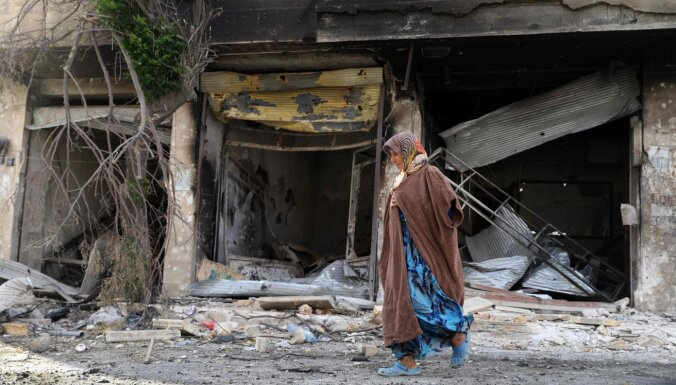 HRW apsūdz Krieviju un Sīriju kara noziegumā par uzbrukumu bēgļu centram