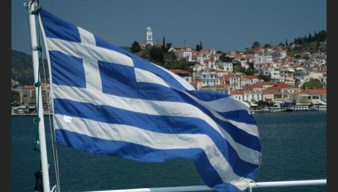 ES Grieķijai atņem balsošanas tiesības
