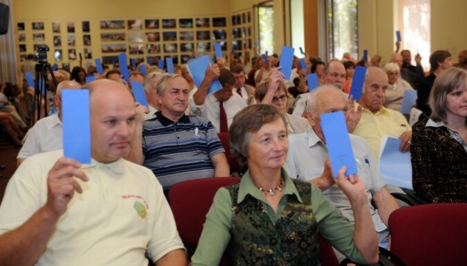 JL kopsapulcē nobalso par reorganizāciju, apvienojoties partijā 'Vienotība'