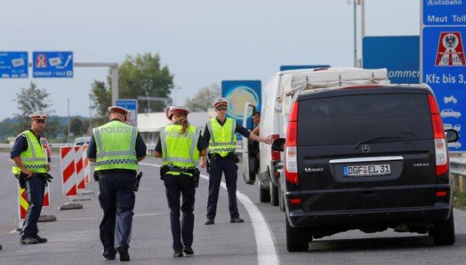 Austrijā divas personas apsūdzētas palīdzības sniegšanā Parīzes teroraktu sarīkotājiem
