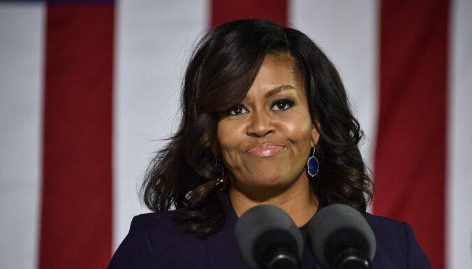 Американцев возмутил расистский пост про Мишель Обаму