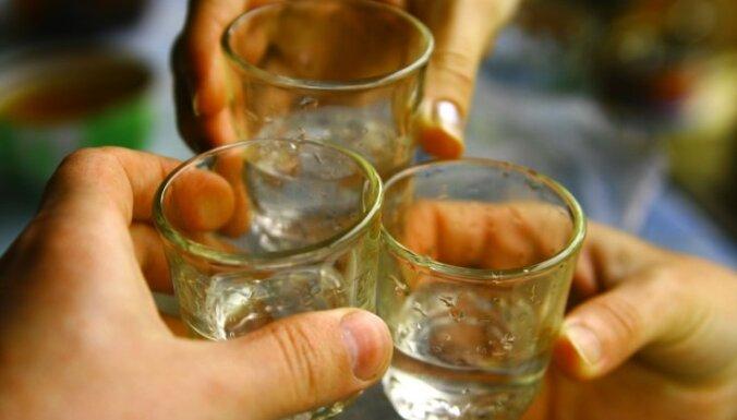No saindēšanās ar alkoholu Lībijā mirst 51 cilvēks