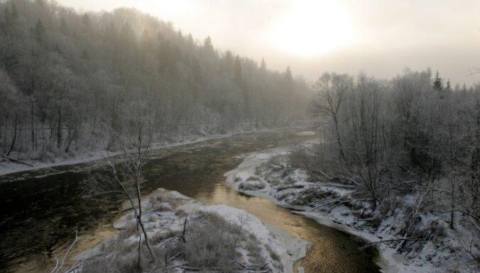 Ūdens līmenis upēs pazeminās