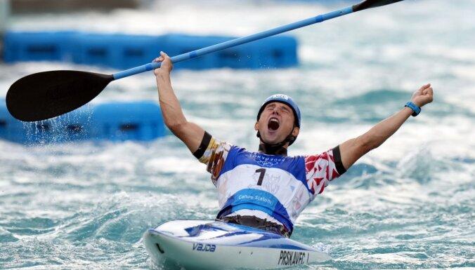 Prskavecs kļūst par čempionu airēšanas slalomā un revanšējas par neveiksmi Riodežaneiro