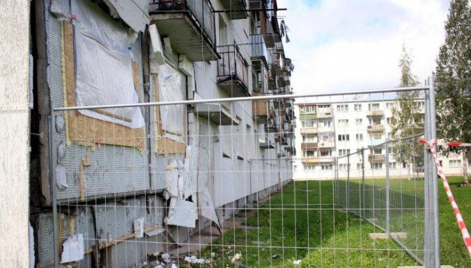 Gāzes sprādzienā cietušās ēkas iedzīvotājiem Alūksnē piešķirs vienreizēju pabalstu