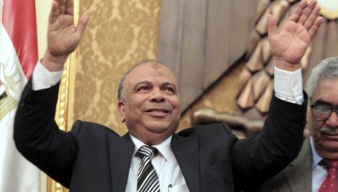 Par Ēģiptes parlamenta spīkeru ievēlēts mērenais islāmists Saads al Katatni