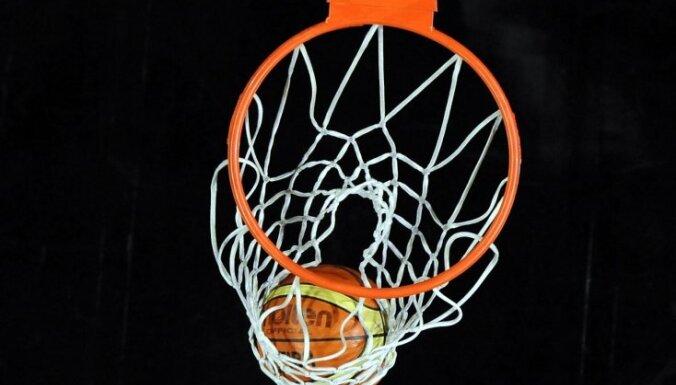 Eiverijs Džonsons atlaists no Bruklinas 'Nets' galvenā trenera amata