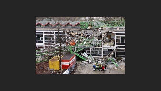 Падение башенного крана на задние университета в Нидерландах