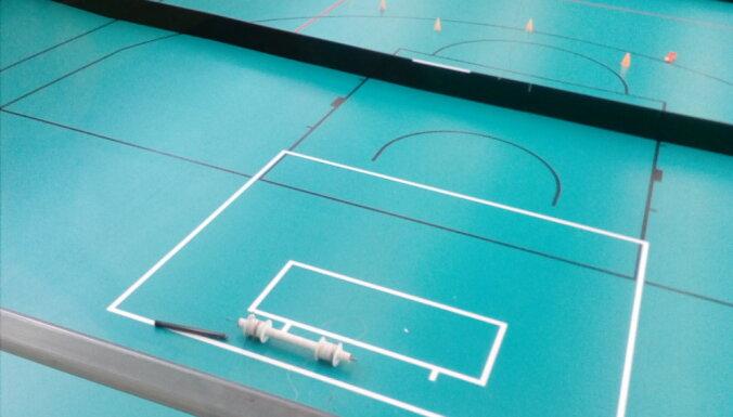 Slēgta Ķekavas jaunā sporta zāle, jo saplīsusi basketbola groza konstrukcija