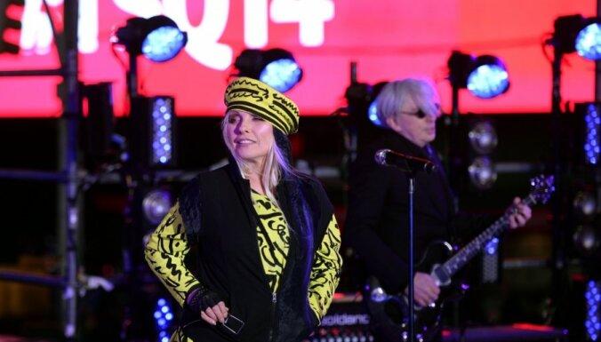 """Группе Blondie присвоили звание """"богоподобных гениев"""""""
