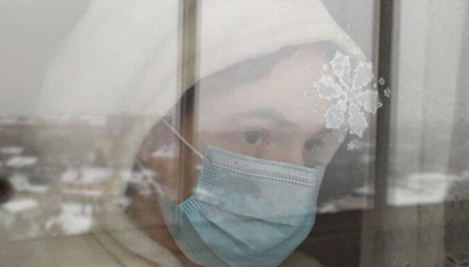 Latvijā Covid-19 saslimstības rādītāji atspoguļo sabiedrības uzvedību, pauž RSU pētniece