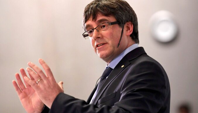 Katalonijas ekspremjers Pudždemons startēs EP vēlēšanās