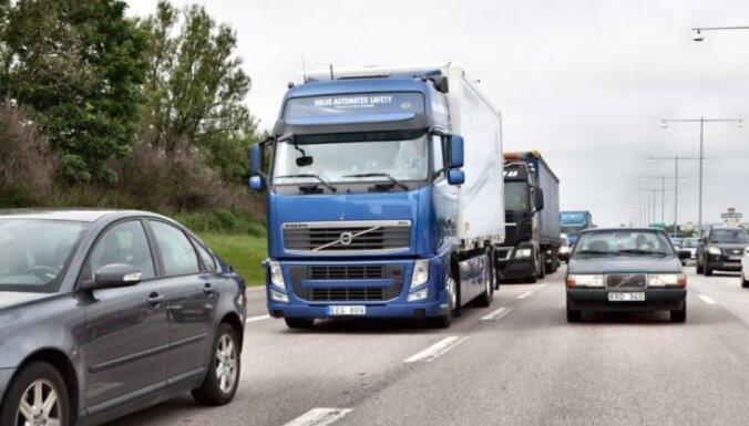 'Volvo Truck Latvia' uz laiku atstādinājusi darbiniekus, kuri piedāvājuši apiet tahogrāfu