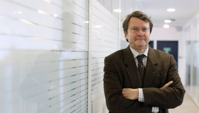 На рабочем месте умер главред влиятельной Le Monde
