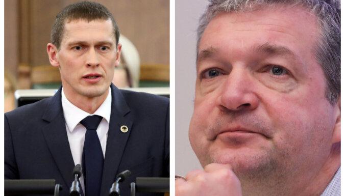 Kriminālvajāšanai izdotie Jurašs un Zakatistovs var atsākt piedalīties Saeimas darbā