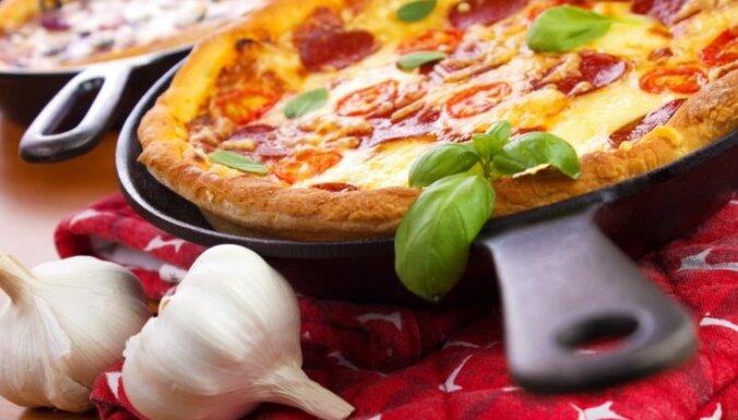 Pica pannā - labs variants tiem, kam garšo pica, bet nav cepeškrāsns.