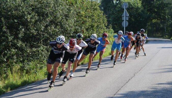 'Spice' skrituļslidošanas maratonā uzvaras laurus plūc Fēlikss Reihnens un Katarina Rumpus
